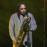 Dave Matthews Band sax player LeRoi Moore dies at 46