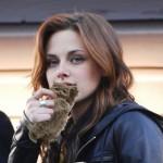 Kristen Stewart Kitten Eater 2