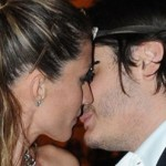 Gisele Bundchen Kissing Another Man