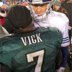 Peyton Manning and Michael Vick Lead NFL Pro Bowl Voting With One Month Remaining