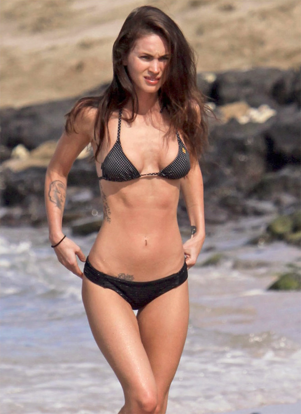 Megan Fox In Hawaii Candid Bikini Beach Gallery Pics Tmr Zoo