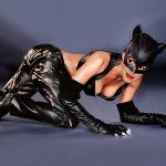A First Look of Anne Hathaway in the Catwoman Costume (PICS)