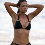 denise-richards-bikini-3