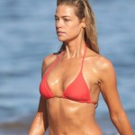 denise-richards-bikini-5