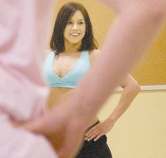 Post image for Zumba Instructor Turned Prostitute Alexis Wright Popsicle Video