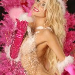 Courtney Stodden Strips Down Naked For Christmas Photos 2