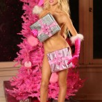Courtney Stodden Strips Down Naked For Christmas Photos 6