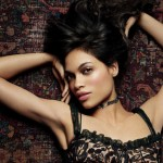 Men in Black II Actress Rosario Dawson Caught Topless by the Paparazzi (PICS)