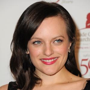 Post image for Mad Men Star Elisabeth Moss Goes Topless During Sex Scene (PICS)
