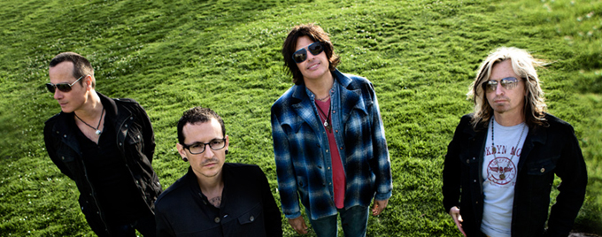 Linkin Park's Chester Bennington joins Stone Temple Pilots (New Song Preview)