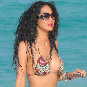 Kimora Lee Simmons Goes Topless on a Yacht Post
