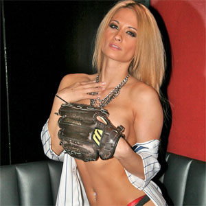 Post image for Rick's Cabaret Girls Celebrate MLB All Star Week (PICS)