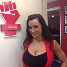 Post image for Porn Star Lisa Ann On the Howard Stern Show (PICS + VIDEO)