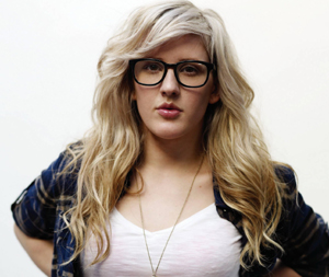 Post image for English Songstress Ellie Goulding Has a Nip Slip (PICS)