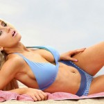 Courtney Stodden Caught Topless at the Beach (PICS)