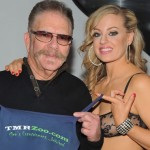 """Howard Stern Show's """"Ronnie the Limo Driver"""" With Vivid Cabaret New York Girls (PICS)"""
