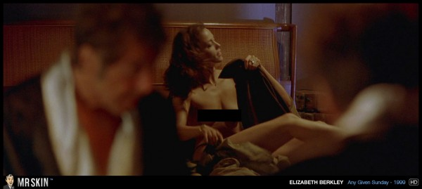 Elizabeth_Berkley_in_Any_Given_Sunday_2-sfw