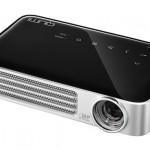 Gadget Review: The Qumi Q6 LED Pocket Projector