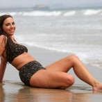 sydney leathers bikini pic 3